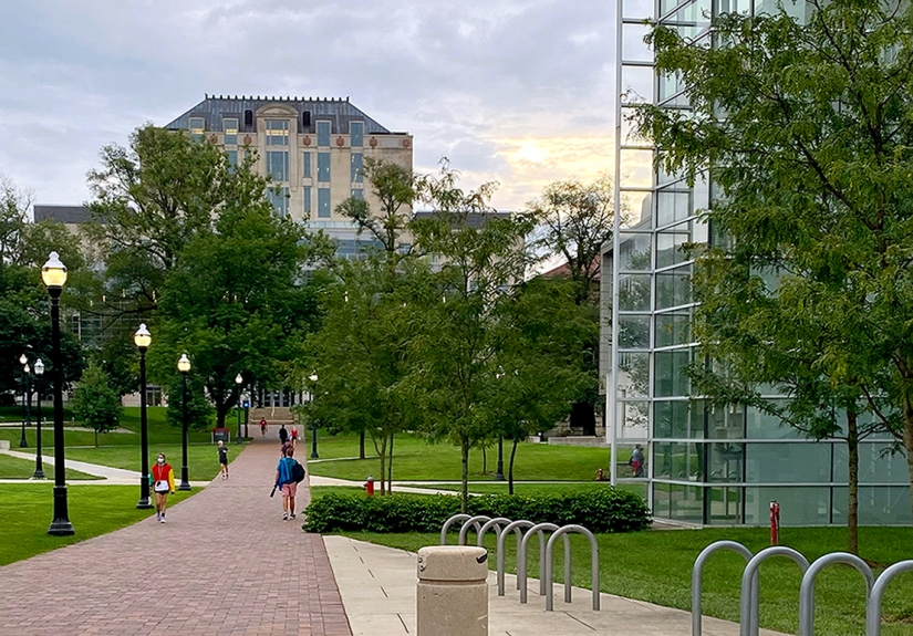 Path in front of Cunz Hall leading to Thompson Library